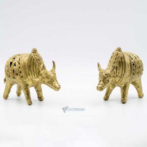 Dhokra Home Decor - Set of two golden bulls